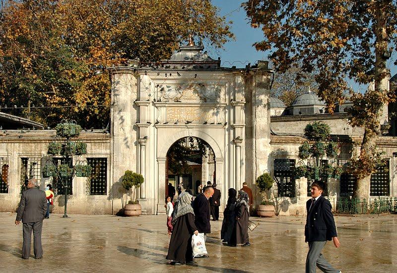 Lugar donde se encuentra enterrado Abu Ayyub Al Ansari en Istambul