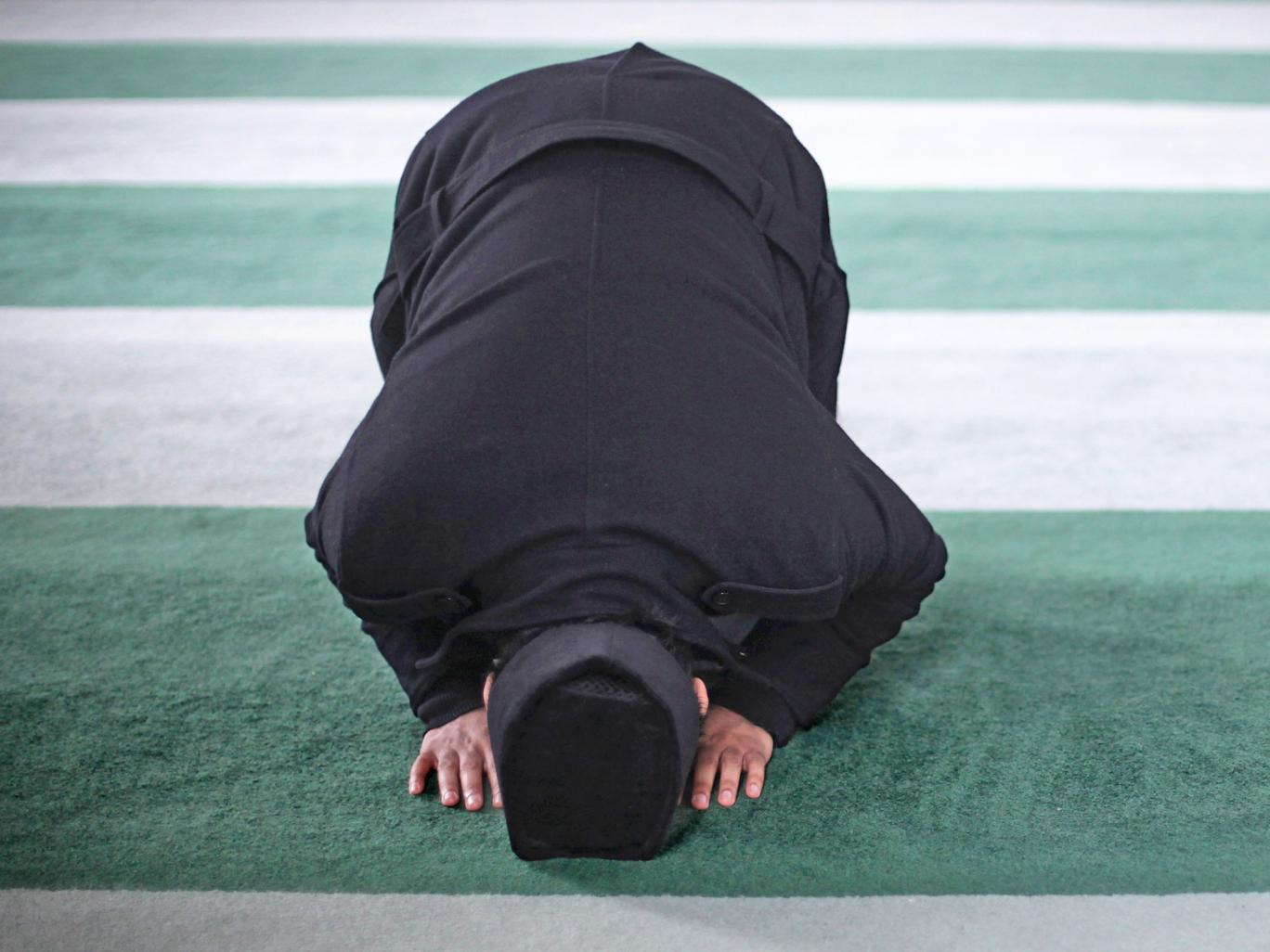 ¿Cómo acaba un hombre escocés de edad media, blanco y que vive en la Tierras altas escocesas haciéndose musulmán -especialmente sin haber realmente conocido a un musulmán?
