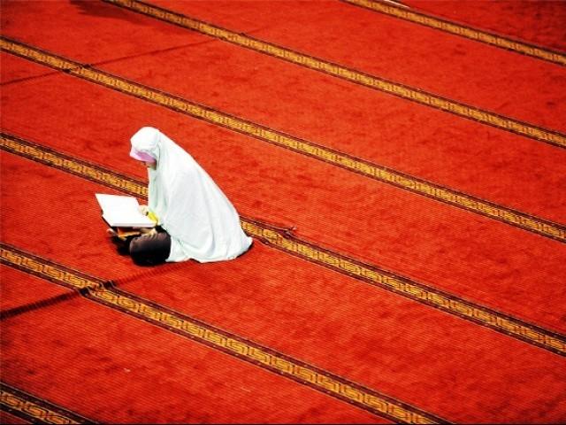 Cuando pasé de intentar encajar las oraciones en mi vida a organizar mi vida alrededor de la oración, instantáneamente quité una gran cantidad de desorden de mi rutina diaria.
