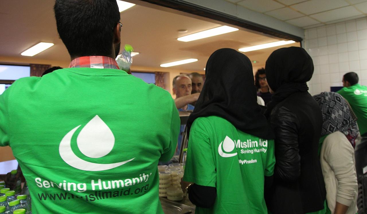 Ser voluntario es una forma de ayudar a los demás, pero no debemos olvidarnos que ser voluntarios también no ayuda a nosotros mismos