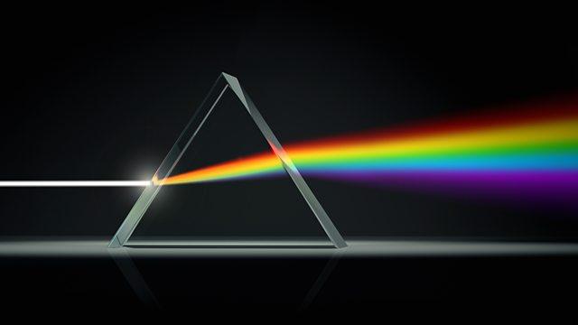 Una metáfora para entender qué es el hombre es que el ser humano es un prisma que refracta la Luz Divina y esta aparece en diferentes formas en su vida.